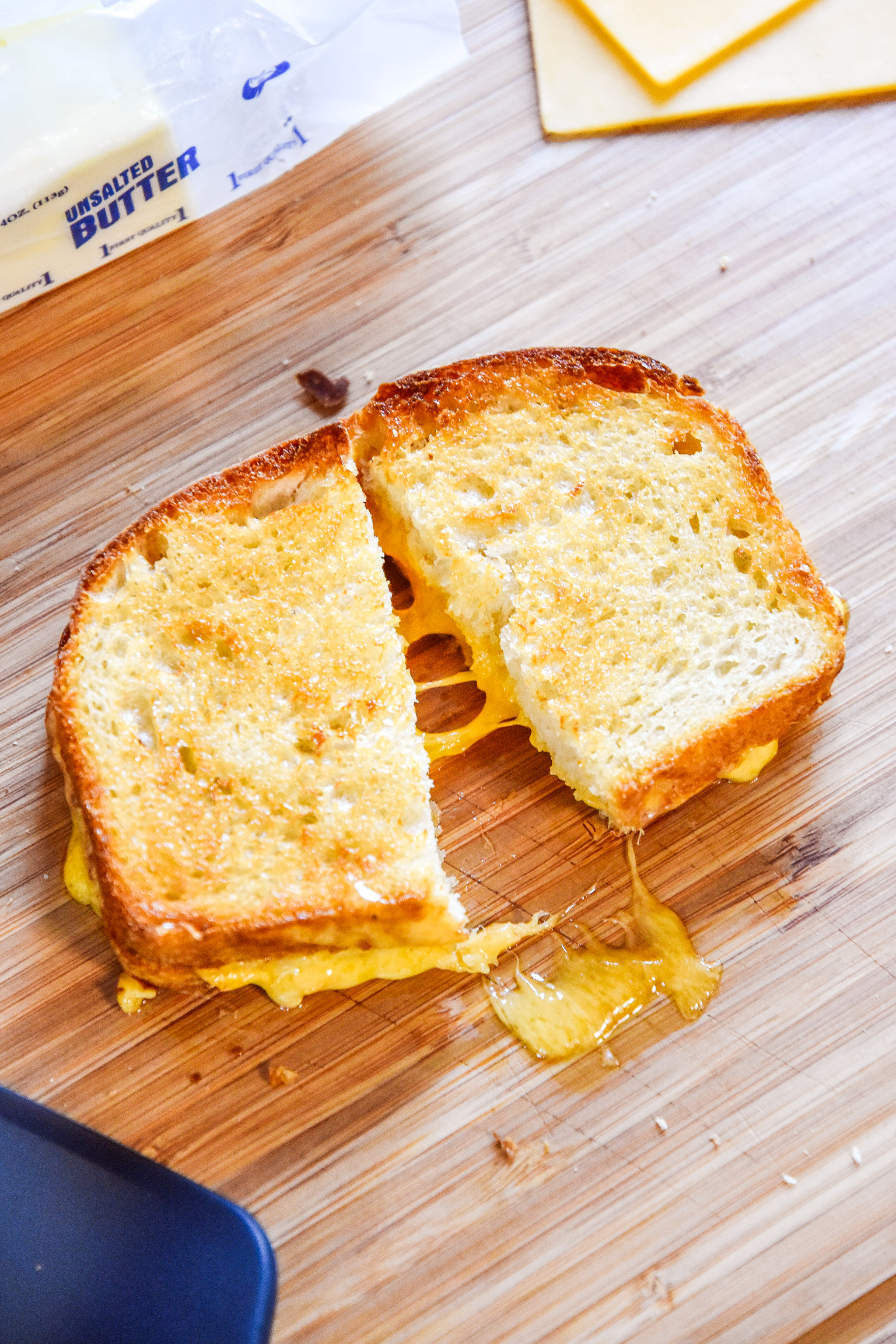 air fryer grilled cheese sandwich with melty cheese